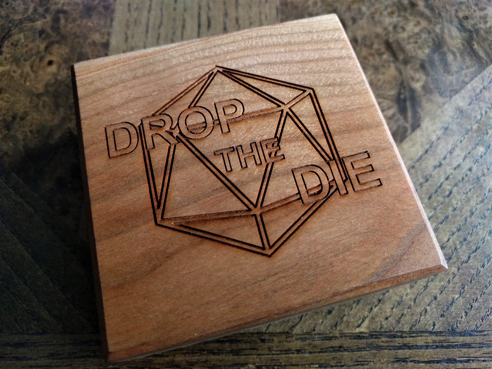 Wyrmwood Review: Customized Cherry Wood Hero Vault – DropTheDie